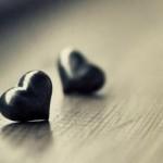 تبسم شیرین عشق گوشه ای از نگاه خداست