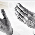 دو دستم ساقه سبز دعایت … (قیصر امین پور)