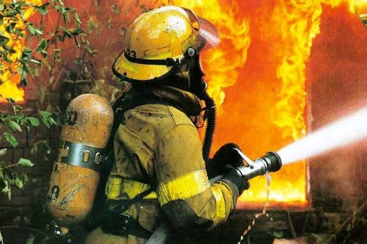 جمله ها و متن های زیبا برای روز آتش نشان ها