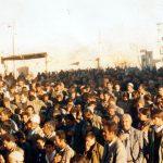 (عکس) استقبال مردم کرکوند از هیئت محمدی شیراز ۱۳۶۶ خورشیدی