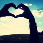 من آغوش کسی را دوست دارم که ….