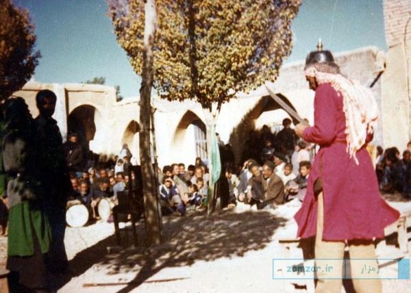 تعزیه عباس بن علی (ع) در سال 1351 خورشیدی (حسینیه کرکوند)