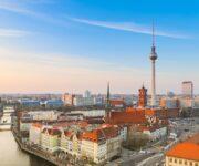 در سفر به برلین از کدام جاذبه های شهر دیدن کنیم؟