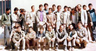 دانش آموزان سال چهارم دبیرستان ابوذر کرکوند در زمستان 1363 خورشیدی